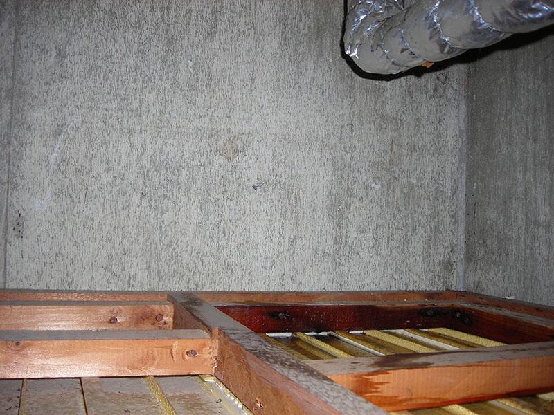2.下階、漏水状況