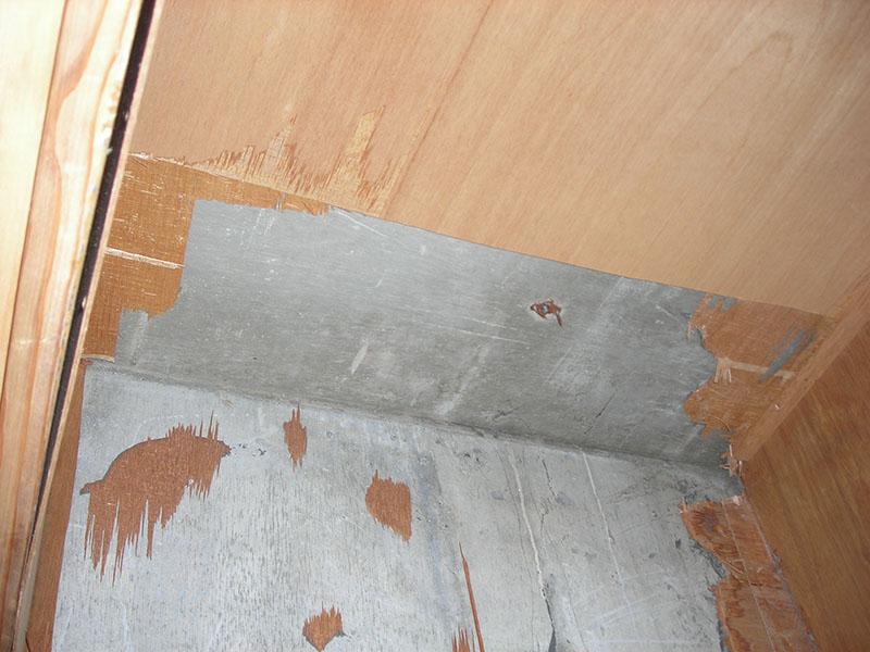 4.下階、漏水調査