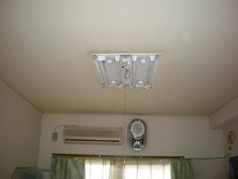 1.天井(照明)からの漏水
