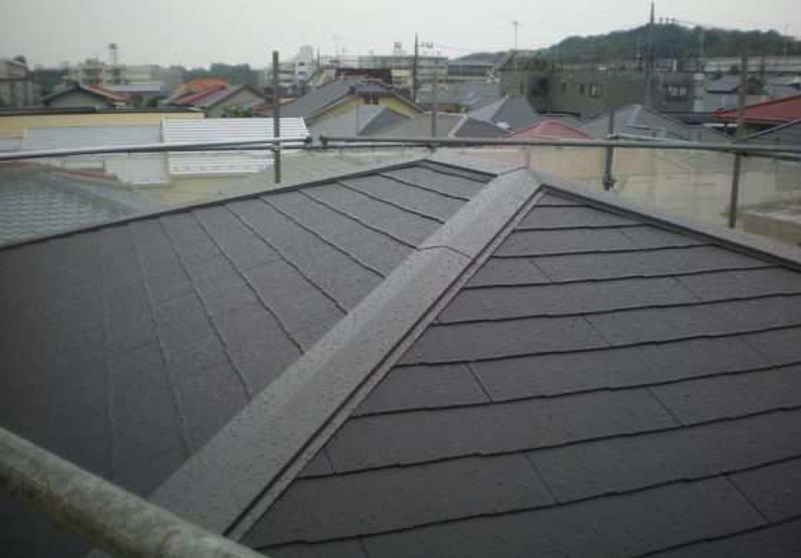 屋根コロニアル葺き完了(棟部)